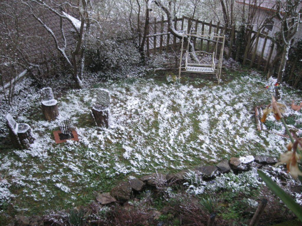 Leise Rieselt Der Schnee .... 15